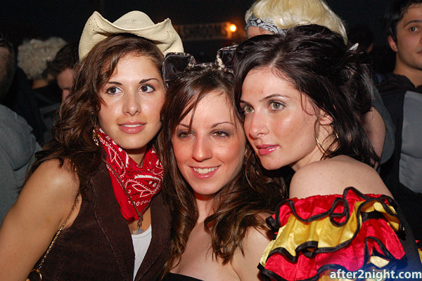 Next image from Kool Haus Halloween Party 2006