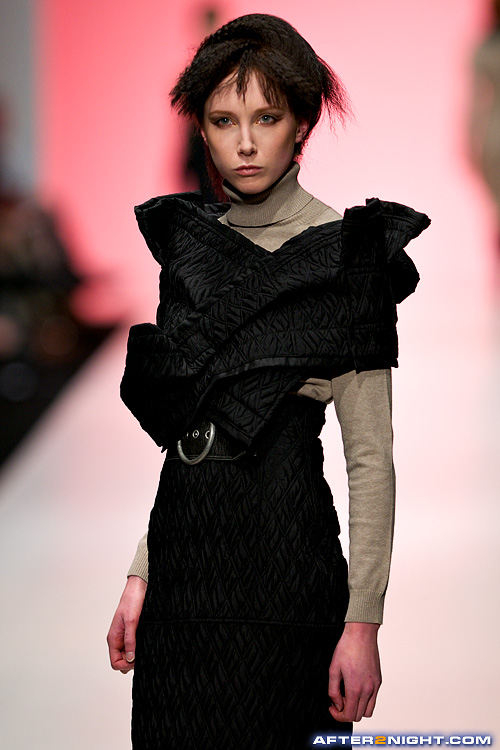 Next image from LG Toronto Fashion Week, Fall/Winter 2009-2010: Ula Zukowska Fashion Show