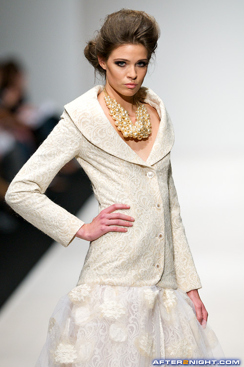 Next image from LG Toronto Fashion Week, Fall/Winter 2009-2010: Gaudet Fashion Show