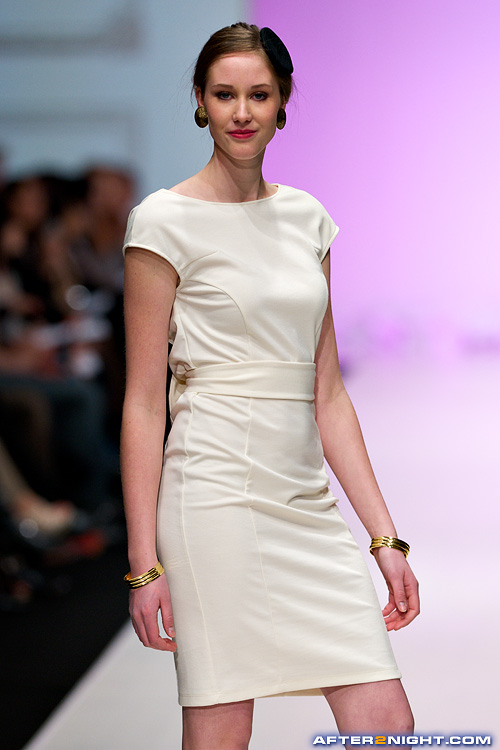 Next image from LG Toronto Fashion Week, Fall/Winter 2009-2010: Aime Luxury Fashion Show