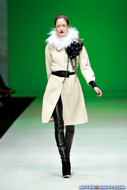 Next image from LG Toronto Fashion Week, Fall/Winter 2009-2010: NADA Fashion Show
